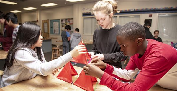 Students Building Kites