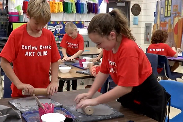 Curlew Creek Elementary students use art to fight hunger