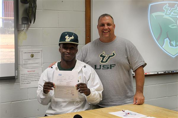 Spartan center fielder signs with USF